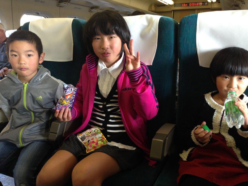 Aloha Oshima=Natsumi and siblings