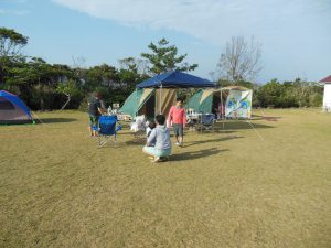 Haisai=Pitching-tents