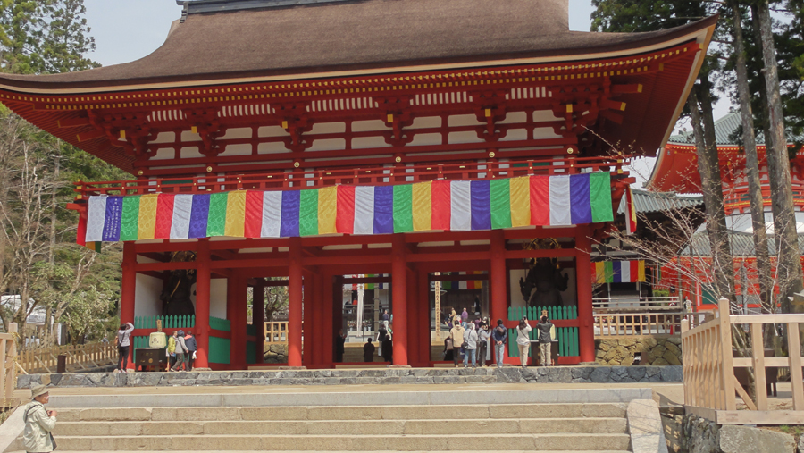 The main entrance to Kongobuji, the main temple of Shingon Shu. (Photos courtesy Roy Kodani)