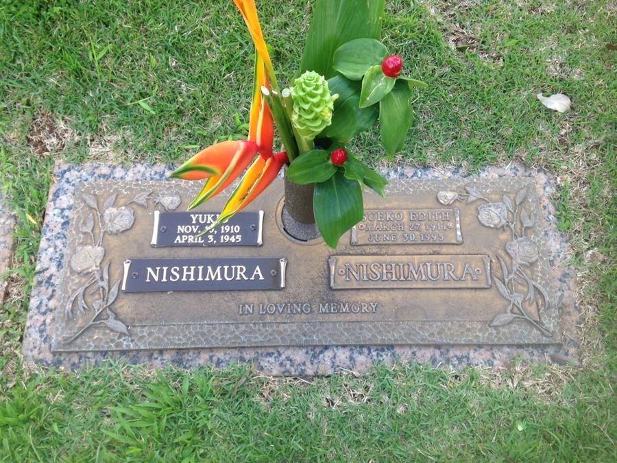 Sisters Joyce Tsunoda and Blanche Klim unveiled a new gravestone honoring both their parents. (Photo courtesy Blanche Klim)