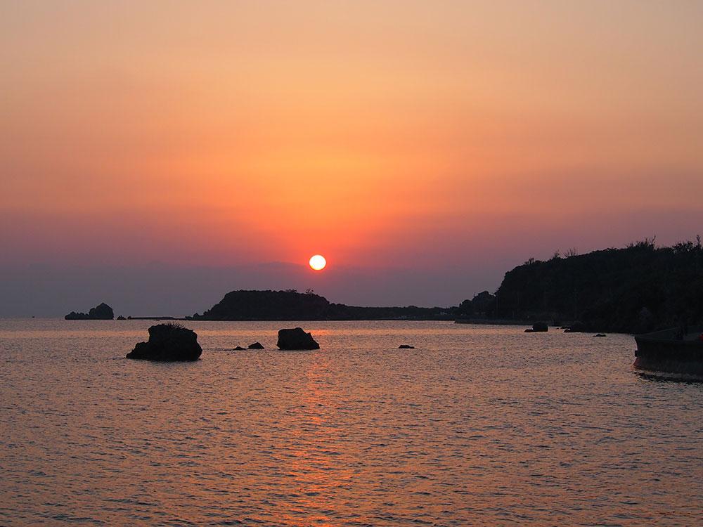 The unforgettably beautiful first sunrise of 2014 over Hamahiga Island.