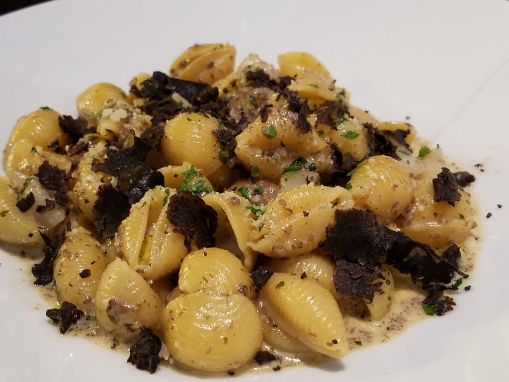 Photo of Conchiglie with Hokkaido Scallops and Truffle Cream (Photos by Ryan Tatsumoto)